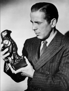 HUMPHREY BOGART WITH THE MALTESE FALCON