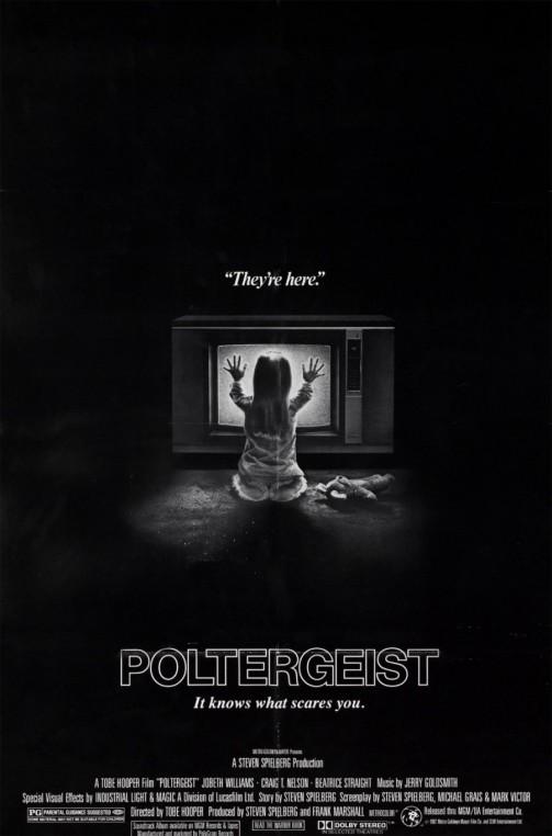 poltergeist-900x1364